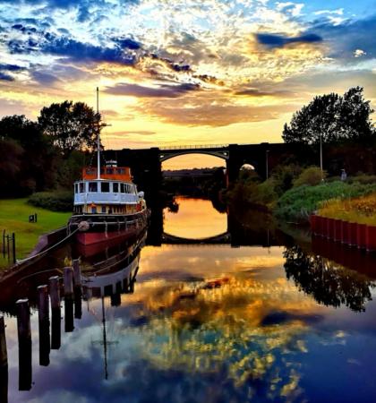 NEW Acton Bridge - Sutton Weaver Via Marsh Lock